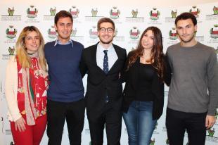 I quattro giovani sorteggiati assieme all'assessore Matteo Francesconi